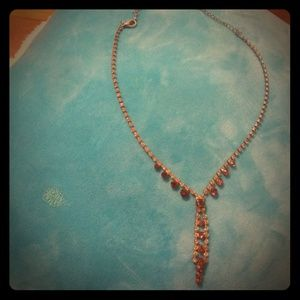 Jewelry - Lariat style faux topaz and gold necklace